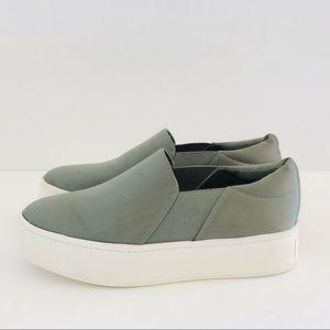 VINCE • Warren olive green satin platform sneaker